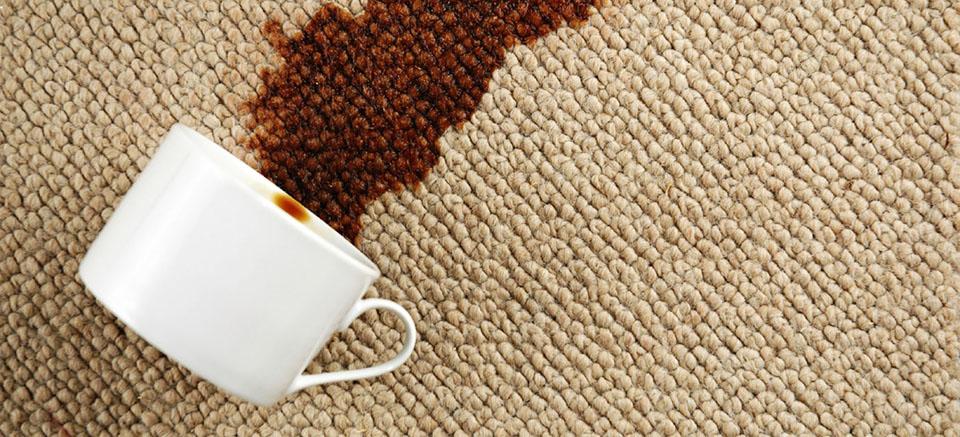 Jak usunąć plamy z dywanu - Sprawdź Najlepsze Sposoby !