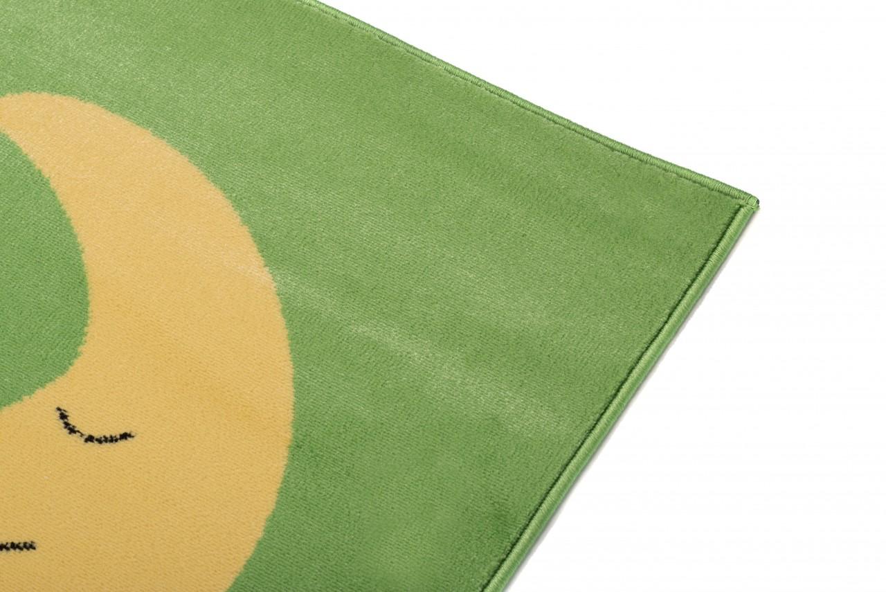 kinderzimmer teppich f r kinder muster hubschrauber gr n. Black Bedroom Furniture Sets. Home Design Ideas